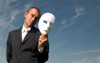 Hypocrisy_man with mask